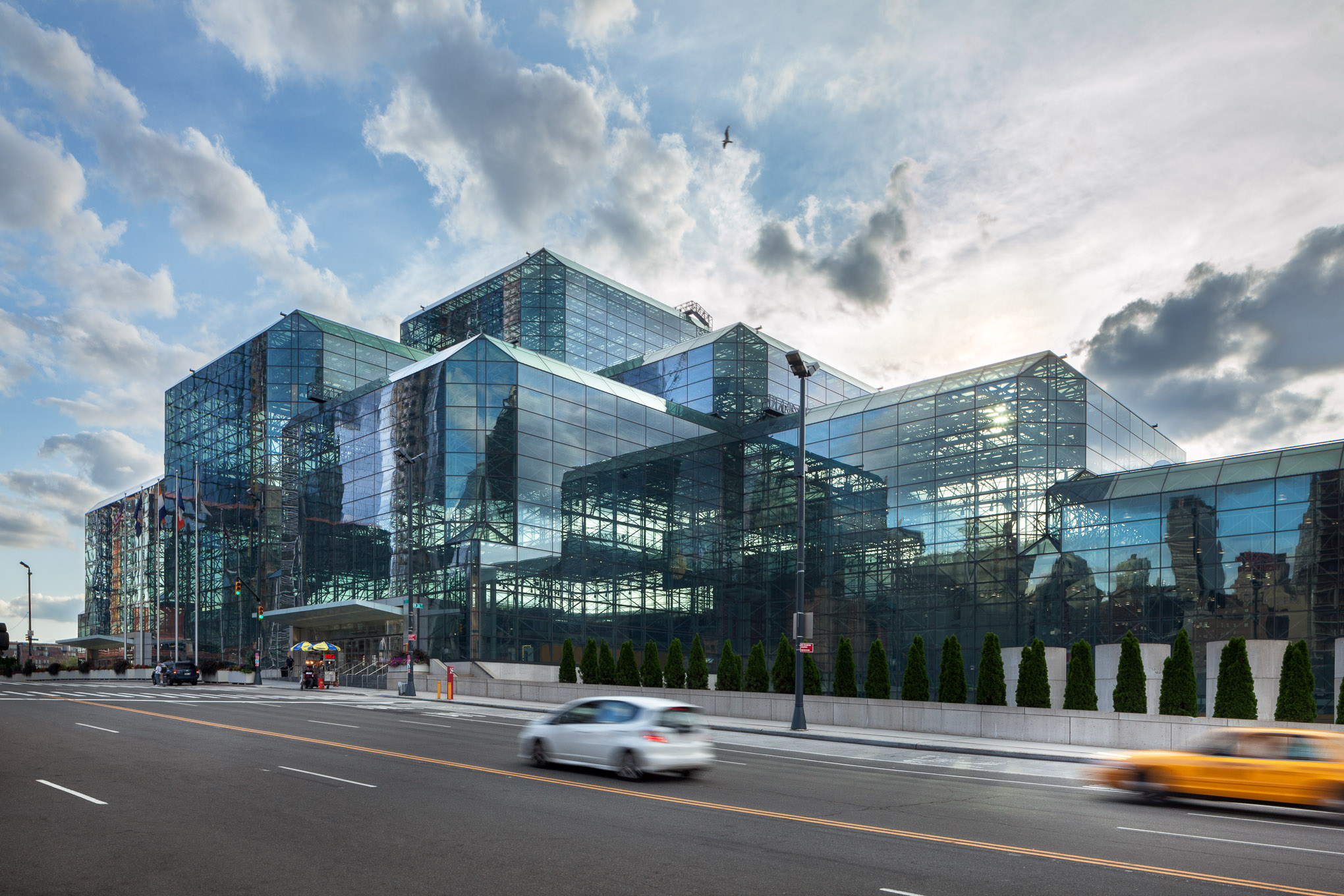 Jacob Javits Center - New York City - James Ingo Freed
